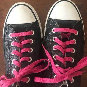 0601ac10e874 ... Sparkly Black Converse ...